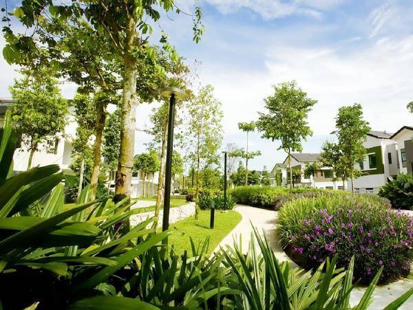 依山傍水独栋前花园200平后花园1000平成本930万