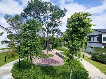 嘉逸园临湖独栋别墅出售,赠送地下室,大花园