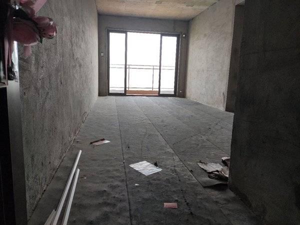 无敌视野 高层3房2卫 全小区最低价格 买到就赚到 看房有钥匙