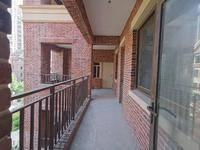 金山湖豪宅 急售4楼平墅、带私家花园 车库 实用面积450平