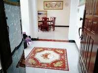 宏益公馆出租3房2厅1卫,豪华装修,家具高档,干净整洁,钥匙在手,随时方便看房。