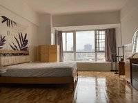 重点一中学位电梯房,小面积总价低,易出售出租中间楼层,朝南售价133万,看房预约