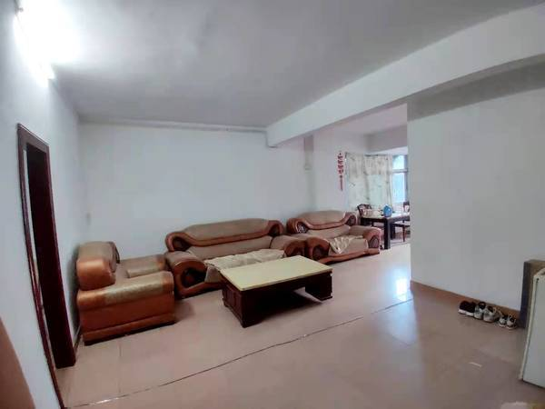 出租河南岸其他小区3室2厅1卫110平米1100元/月住宅