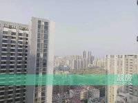 隔壁就是佳兆业市中心,楼下坐轻轨未来去深圳40分钟,目前已经开通到达东莞的轻轨。