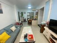 下角凌湖小区步梯底层 全新精装3房2厅2卫带车库 仅售61万