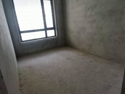 2期新出标准4房 189万 首付60万 中间楼层 两梯三户