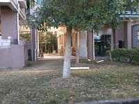 名家花园 毛坯 两房两厅 81.78平方 售价73万