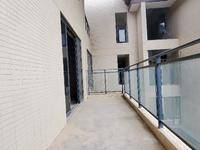 顶楼复式带露台6房4卫双套间双车位业主急售价格可谈