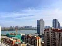 江北卢浮公馆霸气复式一线江景6房南北通仅售390万,带七字形60平天台,双学位
