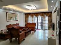 江北大笋盘 国立美寓 豪华装修151平四房仅售155万 看房方便