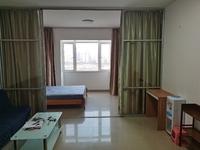 江景特大一房一厅出租 1400元,新精装修,宽敞明亮