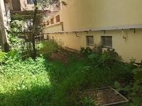 一楼真复式 带私家大花园 使用率高达两百平方 胜过住别墅 仅售215万看房有钥匙