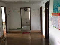 九中学位房 正在装电梯 三房两厅 120平米 只要548万 看房方便