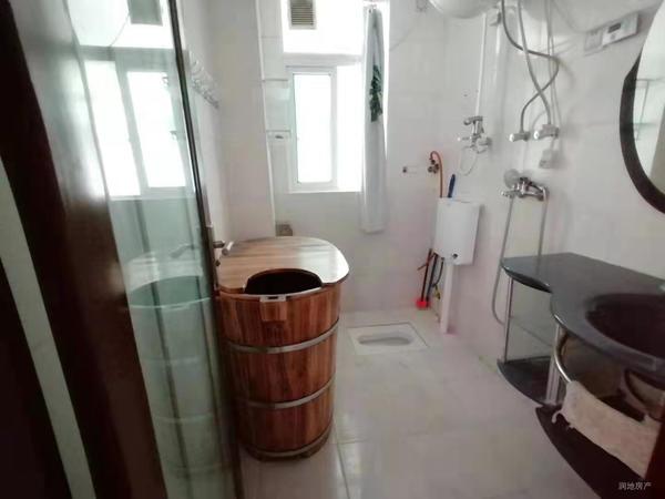 印象麦地朝南两房 生活便利 使用率高 高层采光好 看房来电预约