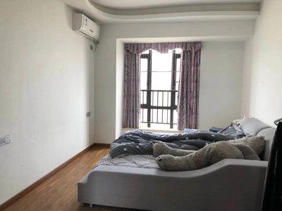 山水华府两房精装修出租,周边两房三房四房都有房源出租。欢迎咨询!