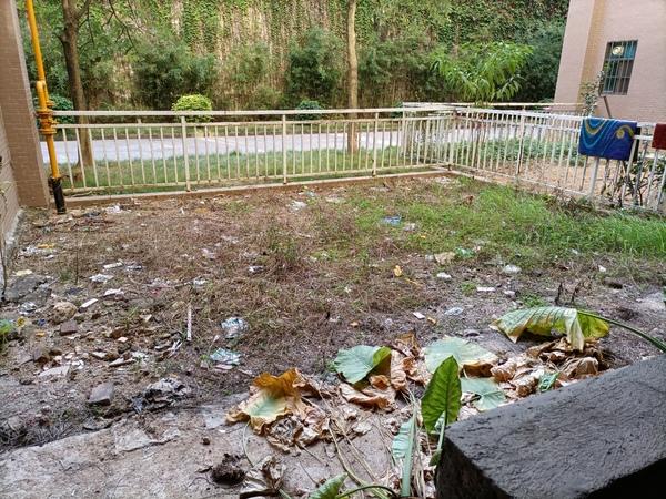 瑞和园边位复式 单价6800业主出税费,周边学校超市林立.