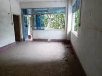 上排小学旁出售3室2厅1卫103平米40万,上排小学和八中学位,一楼带杂物间
