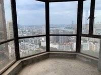 东湖花园八区 吉之岛楼上 高层可以看江 5房 2厅