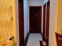 出售鸿润花园3室2厅127平米159万住宅