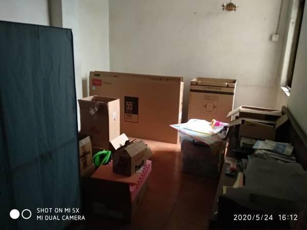 西湖边三楼3房2厅1卫107平方房改房补地价便宜南北通透65万出售