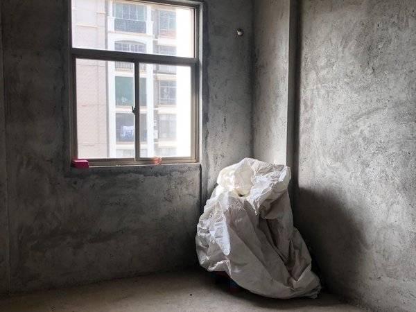 出售东江学府二期3室2厅2卫136平米140万住宅