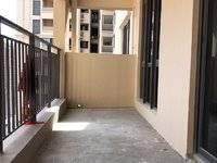 急售凯旋城大阳台3房,南北通透,低于市场价20万,首付低,花园中间,看房有钥匙