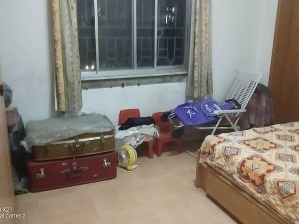 出售东湖花园2区3室2厅1卫97.93平米85万住宅