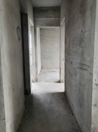出售伟豪领御4室2厅1卫101平米125万住宅
