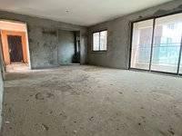 出售海伦春天3室2厅2卫118平米135.8万住宅