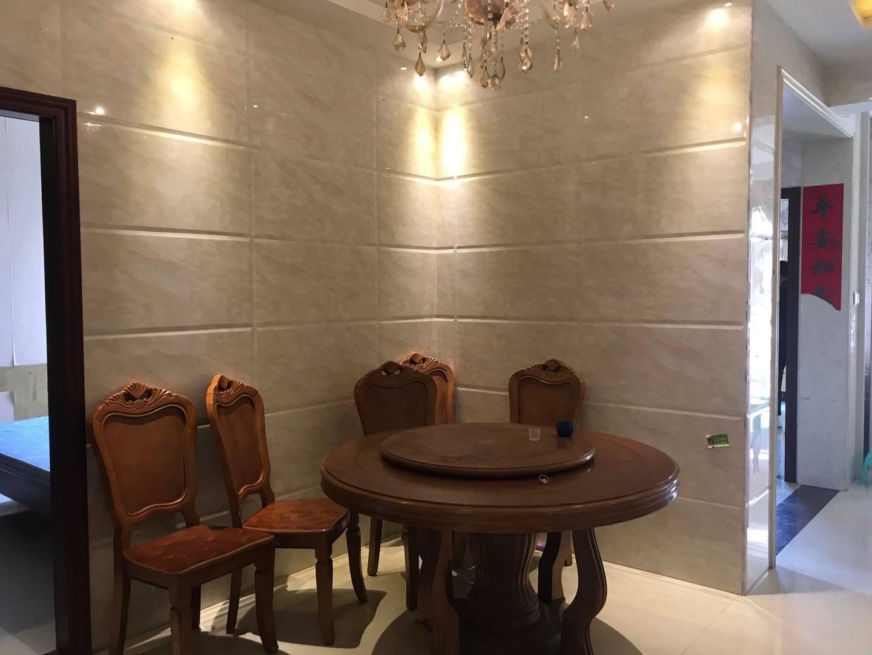 出租金山湖花园3室2厅2卫106平米2800元/月住宅